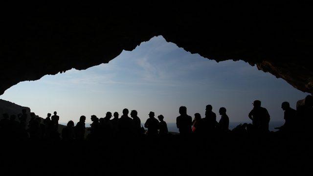"""La """"magia"""" della grotta di Polifemo"""